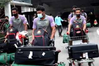 শ্রীলংকা সফর শেষে দেশে ফিরলো বাংলাদেশ ক্রিকেট দল