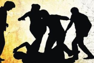 মিরসরাই শিল্পজোনে চাঁদা না দেয়ায় ঠিকাদারি প্রতিষ্ঠানে হামলা, আহত ১