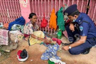 রাউজানে ভারসাম্যহীন নারীর সন্তান নিয়ে আদালতে যাচ্ছে পুলিশ