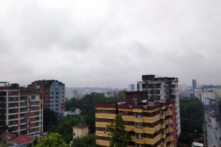 চট্টগ্রামের আকাশে কালোমেঘ, রাতে ঝরাবে ভারী বৃষ্টি